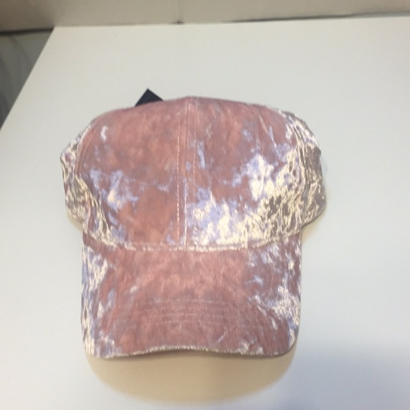 1569b20ffbd David   Young Crushed Velvet Cap Blush